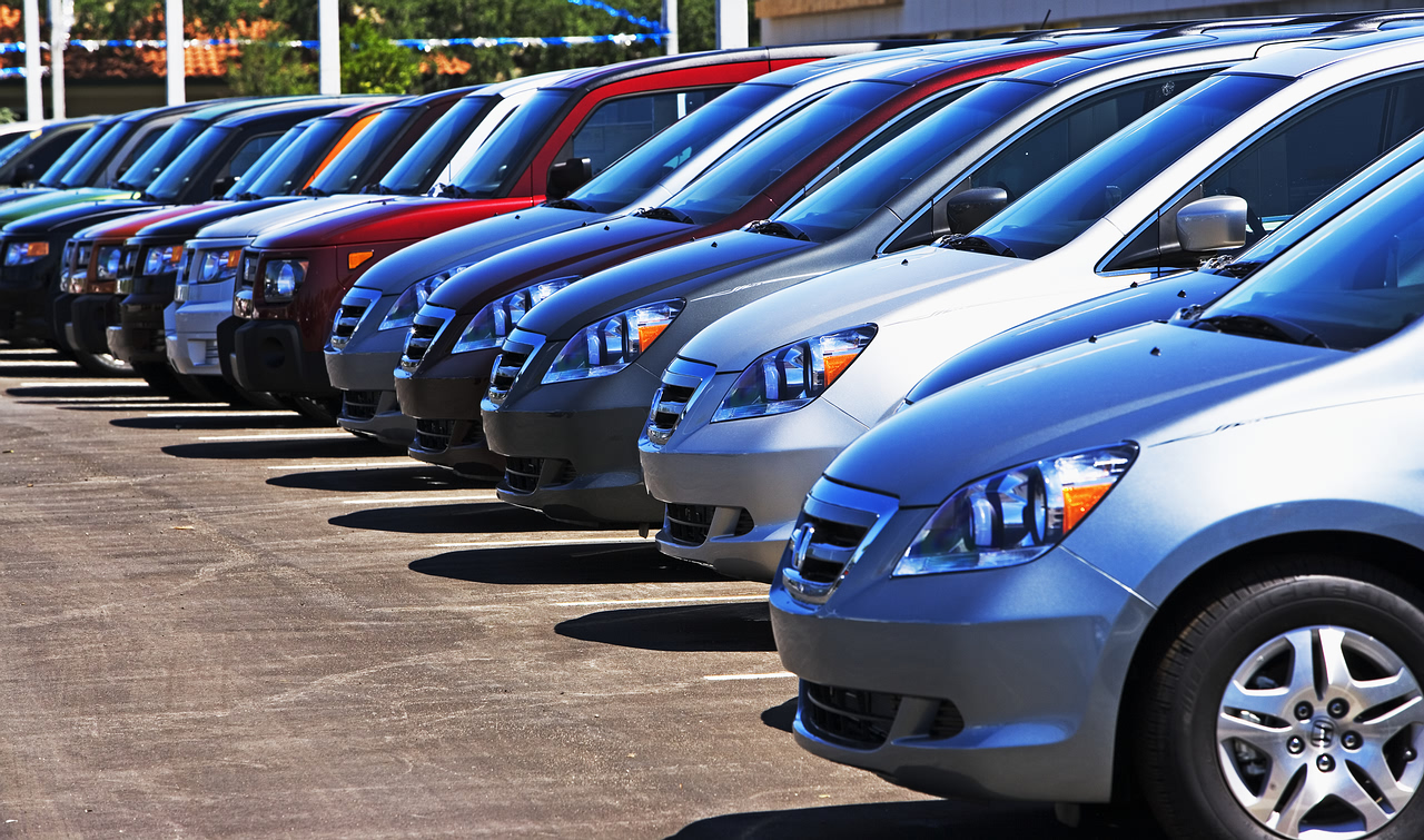 Use Online Car Dealership Services To Buy Used Cars Around Addison, Illinois